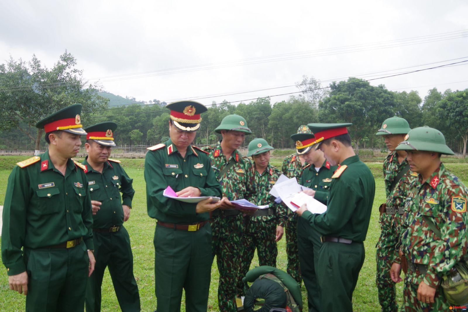 Xây dựng và nhân rộng điển hình tiên tiến, góp phần tạo chuyển biến mạnh mẽ Phong trào Thi đua Quyết thắng của lực lượng vũ trang Quân khu